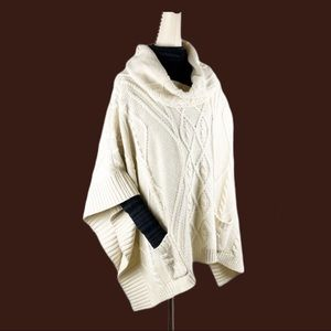 BCBGMAXAZRIA Poncho Chunky Cable Knit Shrug Cream